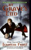 Portada de AT GRAVE'S END: A NIGHT HUNTRESS NOVEL (NIGHT HUNTRESS 3)