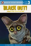 Portada de BLACK OUT!: ANIMALS THAT LIVE IN THE DARK (TURTLEBACK SCHOOL & LIBRARY)