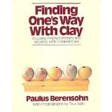 Portada de FINDING ONE'S WAY WITH CLAY: CREATING PINCHED POTTERY AND WORKING WITH COLORED CLAY