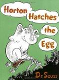 Portada de HORTON HATCHES THE EGG