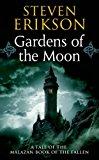 Portada de GARDENS OF THE MOON (THE MALAZAN BOOK OF THE FALLEN, BOOK 1) BY STEVEN ERIKSON (2005-01-10)